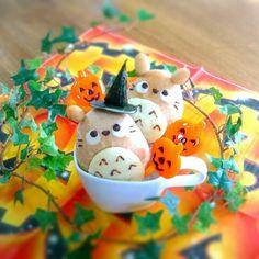 Halloween totoro bread