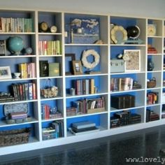 I have a tendency to stuff all available spaces on bookshelves with books. These guidelines on how to style a bookcase are really helpful!