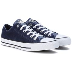 Converse Chuck Taylor All Star Velvet Sneakers (50.540 CLP) ❤ liked on Polyvore featuring shoes, sneakers, blue, converse trainers, converse footwear, blue shoes, velvet sneakers and blue sneakers