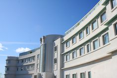 Midland Hotel, Morecambe - A masterpiece of Art Deco glamour and style - Driftwood Dreaming British Architecture, Architecture Design, Midland Hotel, Seaside Art, Morecambe, Art Deco Buildings, Lancaster, North West, Driftwood