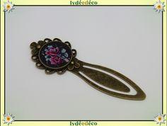 Marque-pages retro Old School Fleur rose bleu noir en resine et laiton bronze : Marque-pages par lydeedeco
