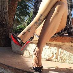 @lucyheels #highheels #heels #shoes #sexyshoes #sexyheels #toes #feet #stockings #foot #shoe #legs #leg #pantyhosefeet #toering #stiletto #fishnet #nylon #heel #louboutin #piedi #sexy #shoeporn #shoefetish #toecleavage #redsoles #christianlouboutin #shoestagram #shoesoftheday #shoeaddict #pumps