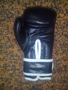Worldwide Shipping For More Information Please Contact; Whatsapp ; +923117651883 Email;Jack.448enterprises@gmial.com Mma Gloves, Leather