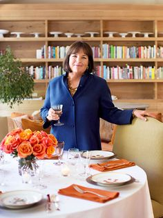 The Barefoot Contessa shares her genius 10-step game plan to a calm #Thanksgiving.