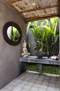 Villa Bayanaka - 2 bedroom villa in Canggu Bali - spa - outdoor area Outdoor Baths, Outdoor Bathrooms, Indoor Outdoor, Outdoor Living, Outdoor Showers, Outdoor Toilet, Indoor Plants, Bali House, Deco Restaurant