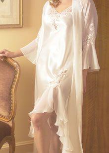 Enchanted Evening charmeuse gown by Oscar de la Renta  http://www.comparestoreprices.co.uk/lingerie-and-nightwear/oscar-de-la-renta-pink-label-enchanted-evening-charmeuse-gown.asp  #fashion #nightwear #designer #oscardelarenta #sleepwear #pyjamas #pjs #designergown