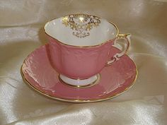 Aynsley pink tea cup and saucer set...English Bone China