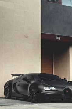 Bugatti Veyron in #matte black #unicorn #hypercar