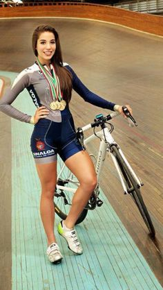 "im-gonna-get-heuge: "" Antonieta Gaxiola - Mexican Cyclist. """