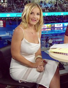 Helen Skelton sets pulses racing in low-cut white dress on BBC swimming coverage Blue Peter Presenters, Helen Skelton, Star Wars Girls, Skirts With Boots, Gillian Anderson, Tv Presenters, Sexy Older Women, Curvy Women Fashion, Celebs