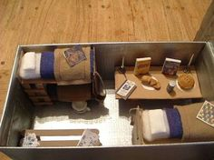 Model of a WWII Air Raid Shelter. My daughter made this model of a WWII Air Raid Shelter for a School Project. History Projects, School Projects, World War 2 Display, Ww2 Bomb, Anderson Shelter, Canadian Identity, Book Report Projects, Childrens Christmas Crafts, Class Displays