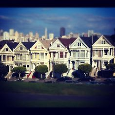 houses in san fran. Flashback to Full House for you 80s/early 90s kids