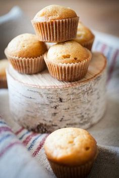 Fluffy honey and pear muffins with no added sugar | Crepes of Wrath