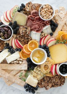 Sharing step by step instructions all the details for creating the most perfect cheese platter You ll easily be able to assemble your own beautiful cheese board to serve at parties and holiday events Coconut Loaf Cake, Planning Budget, Menu Planning, Cheese Fruit, Candied Walnuts, Yummy Food, Tasty, Delicious Recipes, Appetizers For Party
