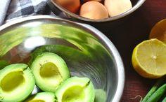 Pasta jajeczna z awokado | Słodkie Gotowanie Honeydew, Watermelon, Lime, Low Carb, Herbs, Fruit, Food, Women's Fashion, Per Diem