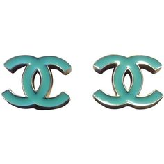 Pre-owned Chanel Earrings Blue Turquoise Aqua Cc Logo Clip-on Clip On... ($500) ❤ liked on Polyvore featuring jewelry, earrings, accessories, blue, turquoise earrings, green turquoise earrings, pre owned jewelry, chanel jewelry and earrings jewelry