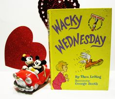 "Vintage Dr Seuss Beginner Books- "" WacKy WEdnEsDay"" - 1974 by ScrapPantry, $5.00 USD"