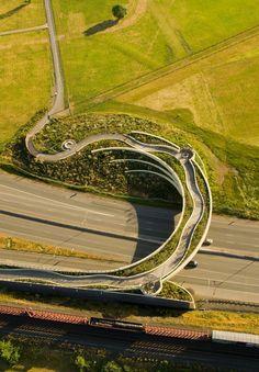 Vancouver Land Bridge - Vancouver, Washington / Pedestrian bridge, which sweeps across State Route 14