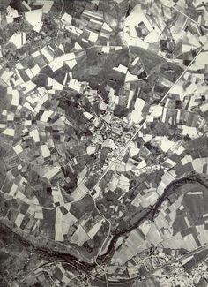 vuelo americano 1956, sobrevolando a Ribeira Sacra a la altura de Pantón.    De cuando en Galicia al territorio se le denominaba culto.   invernadero