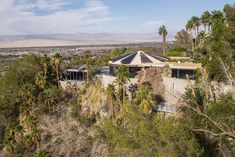 American architect John Lautner was fascinated by shapes and structures; his work defined by a new style of modernism that sought to merge architectural geometry with nature. Of this style, there is perhaps no finer example than the 'Arthur Elrod House' in Palm Springs.