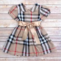 Khaki Tan Red Plaid Peter Pan Collar Toddler Baby Girl Dress, Birthday Outfit Girl, Baby Girl Toddler Christmas Outfit Dress, Vintage Dress If I had a daughter! Baby Outfits, Kids Outfits, Rock Outfits, Couple Outfits, Little Girl Fashion, Kids Fashion, Toddler Girl Christmas Outfits, Burberry Kids, Burberry Dress