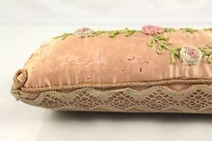 eBay | Vintage Victorain style Pink Satin & Crocheted Lace Pin Cushion Log