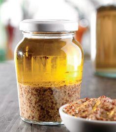 """¡Dale un sabor único a tus ensaladas con este """"Aderezo de mostaza antigua y miel""""!"""