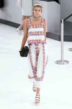 Chanel Spring 2016 Ready-to-Wear Collection