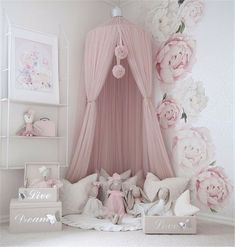 Luxurious And Unique Minimalist Kids Bed Ideas minimalist kids bedroom ideas; luxurious and unique decoration for the kids' room; Girl Nursery, Girl Room, Girls Bedroom, Baby Room, Nursery Decor, Bedroom Decor, Toddler Girl Bedrooms, Baby Girl Bedroom Ideas, Kid Bedrooms