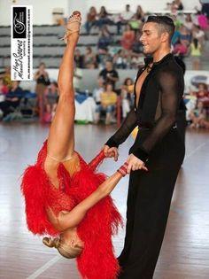 Baile Jazz, Baile Latino, Tango Dancers, Ballroom Dance Shoes, Latin Dance Dresses, Raves, Dance Pictures, Dance Art, Dance Photography