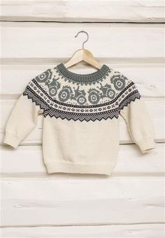 Traktorgenser pattern by Sandnes Garn Baby Boy Knitting Patterns, Baby Sweater Knitting Pattern, Fair Isle Knitting Patterns, Knitting Charts, Knitting For Kids, Knitting Designs, Baby Patterns, Knit Patterns, Handgestrickte Pullover