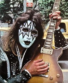 Vintage Kiss, Kiss Pictures, Kiss Photo, Paul Stanley, Kiss Band, Ace Frehley, Hot Band, 80s Rock, Meme Faces