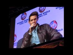 Matt Smith at New Orleans Comic Con - How does he feel about River (Alex...