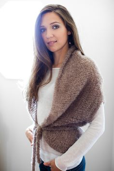 Be Sweet Boucle Mohair. Free knitting pattern. I realllllly want to do this one, but the yarn that's recommended is really expensive.. #knitting