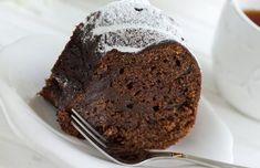 Chocolate Spelt Loaf - A healthy treat made without any butter or oil! Healthy Treats, Bread Baking, Baking Recipes, Banana Bread, Muffin, Butter, Chocolate, Breakfast, Desserts