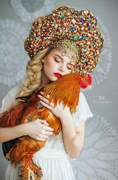 Золотой гребешок.... Russian Beauty, Russian Fashion, Fotografia Retro, Foto Fantasy, Russian Wedding, Russian Folk, Russian Style, Fantasy Costumes, Folk Costume