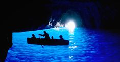 Boat Ride Into the Blue Grotto    Capri