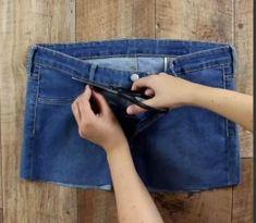 Récupérez un vieux jeans pour en faire un accessoire indispensable