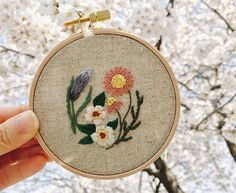 나도 벚꽃 아래에서~~ #프랑스자수  #마로작업실  #벚꽃엔딩