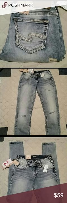■ SALE! ■ NWT Silver Jeans 26X31 New with tags Silver Jeans Mid-rise Skinny leg 26X31 Silver Jeans Jeans Skinny