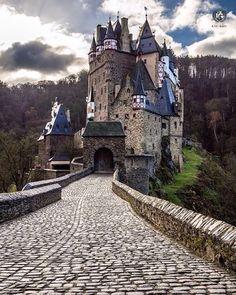 present  I G  O F  T H E  D A Y  P H O T O @krushing  L O C A T I O N |  Eltz  Castle-Wierschem-Germany  __________________________________  F R O M | @ig_europa  A D M I N | @emil_io @maraefrida @giuliano_abate S E L E C T E D | our team  F E A U T U R E D  T A G | #ig_europa #ig_europe  M A I L | igworldclub@gmail.com S O C I A L | Facebook  Twitter M E M B E R S | @igworldclub_officialaccount  F O L L O W S  U S | @igworldclub @ig_europa  TAG #igd_120315…