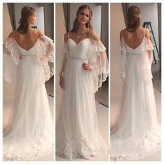 ������ {suspiros} #VestidodeNoiva #WeddingDress #WeddingGown #CasamentoAoArLivre #CasamentodeDia #CasamentonaPraia #CasamentoNoCampo #CasamentoRustico http://gelinshop.com/ipost/1517344081100084049/?code=BUOsGcMAxNR