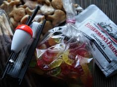 Minkun Matkassa: Hoitajille kesätoivotus kalastusteemalla Teacher Gifts, Crafts For Kids, The Originals, School Teacher, Diy, Presents, Food, Knitting, Ideas