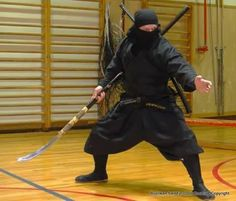 Ninja Warrior, Warrior Girl, Samurai Warrior, Fantasy Warrior, Action Pose Reference, Action Poses, Samurai Poses, Ninja Japan, Bo Staff