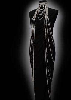 Oh my, that's alot of pearls. Mikimoto @ Baselworld 2014 Collection: Angelic Designer: Akiko SEKIYA