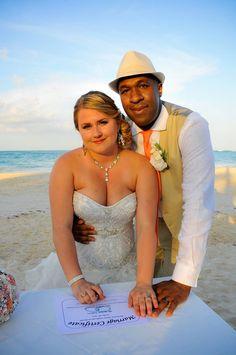 Beach wedding, wedding pictures