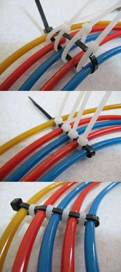 Разделение кабелей стяжками