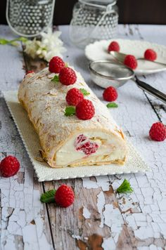 Pavlova, Cookie Recipes, Dessert Recipes, Romanian Desserts, Recipes From Heaven, Nutella, Sweet Recipes, Sweet Treats, Deserts