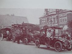 Outing heads off from outside the old council town hall ~c.1920.