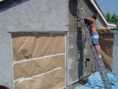 Putting the primer onto the back wall